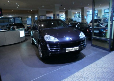 Porsche-Cayenne-S-negro